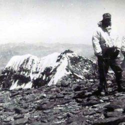El 15 de abril de 1897, junto con su colega y gran amigo personal, Stuart Vines, logran la segunda hazaña en Sudamérica al trepar el Tupungato