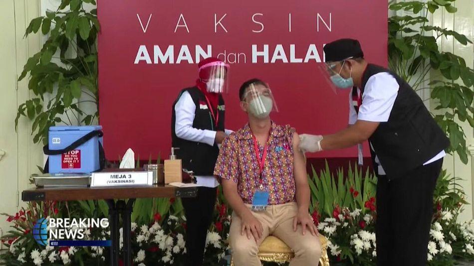 Influencers en Indonesia, estrellas de la promoción de la vacuna.
