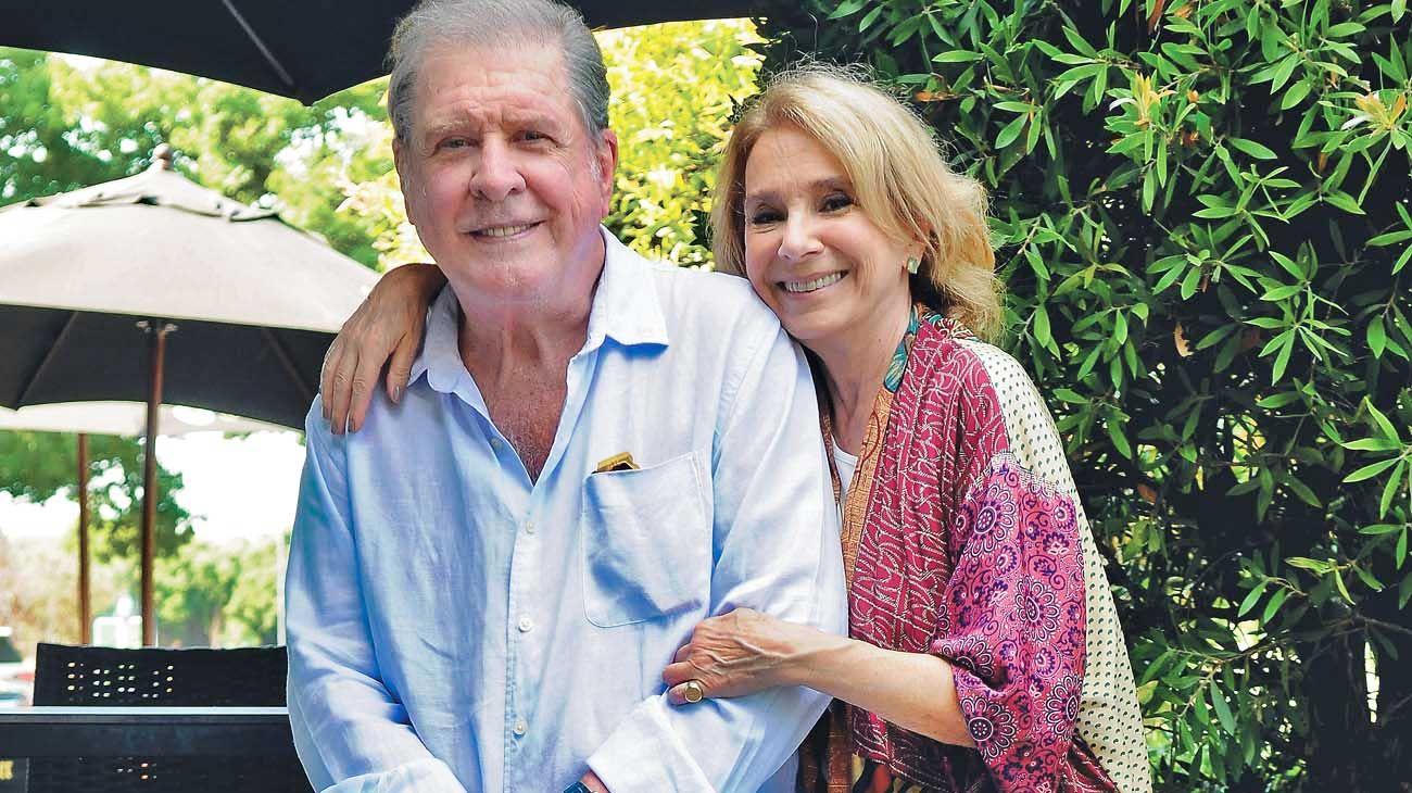 Compañía. Así sea en las tablas como en la radio, la pareja comparte desde hace décadas su pasión por el arte y por su estilo de vida.