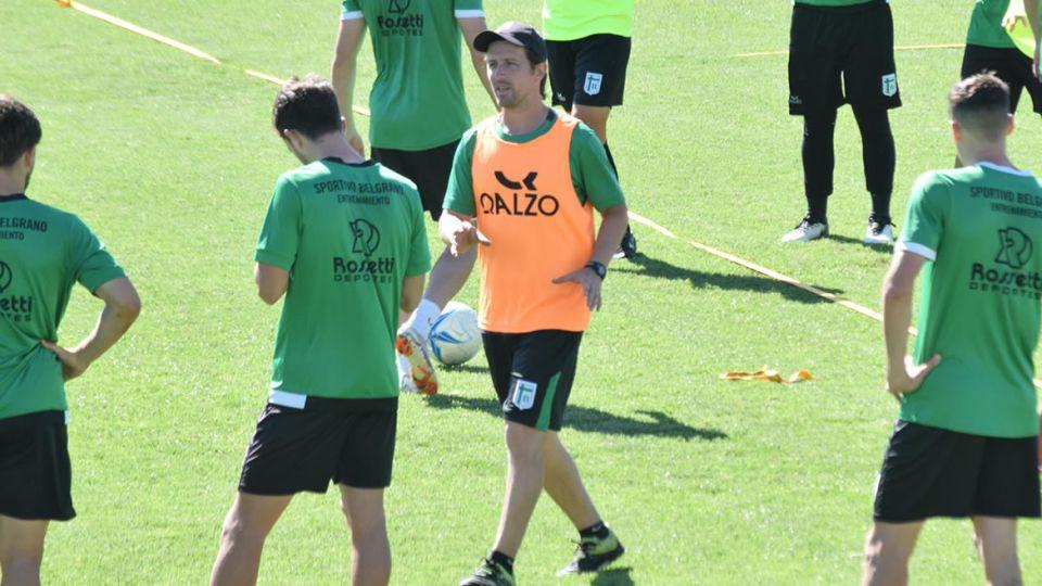 Color esperanza. Bruno Martelotto, DT de Sportivo Belgrano.