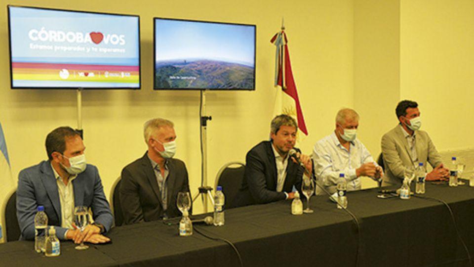 NACIÓN Y PROVINCIA. Martín Gill, Esteban Avilés, Matías Lammens, Héctor Campana y Federico Alesandri.