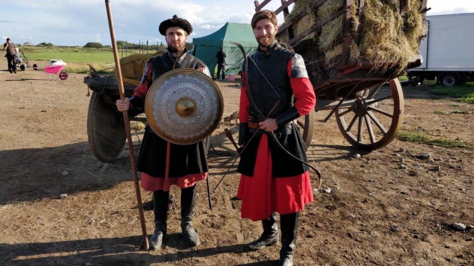 """Hernán Maschwitz y Fabricio Lucero, ambos fueron a Dublin a estudiar y trabajar, y coincidieron en """"Vikings""""."""