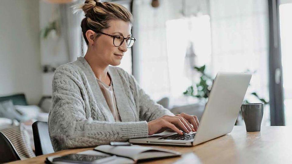 Brecha digital. No hay las mismas oportunidades para el trabajo remoto de las mujeres.