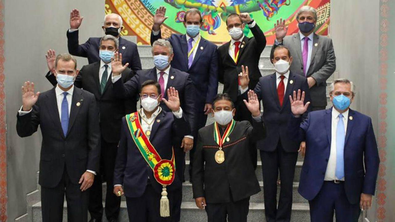 Duque, Abdo Benítez, Alberto Ferández y otros, en la asunción de Luis Arce en Bolivia
