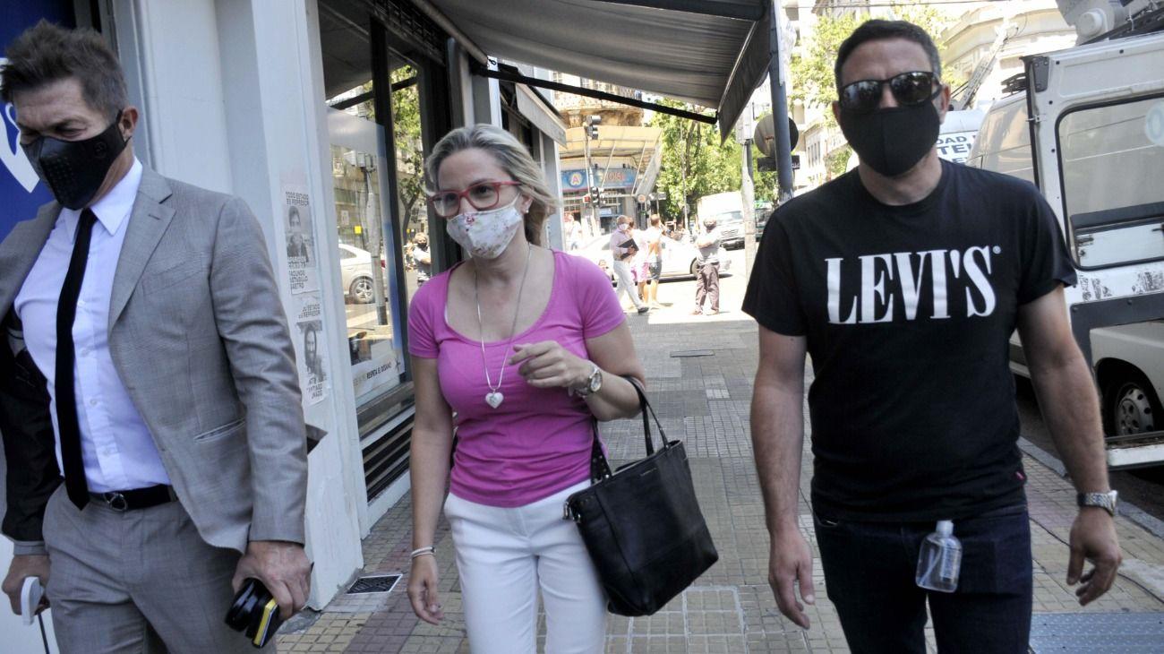 Carolina Piparo fue a declarar junto a su abogado Fernando Burlando.