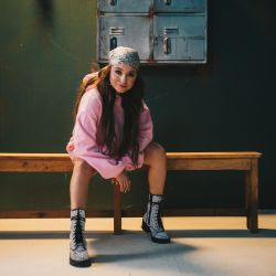 Karol Sevilla hoy, lanzada de lleno a su carrera como solista pop.