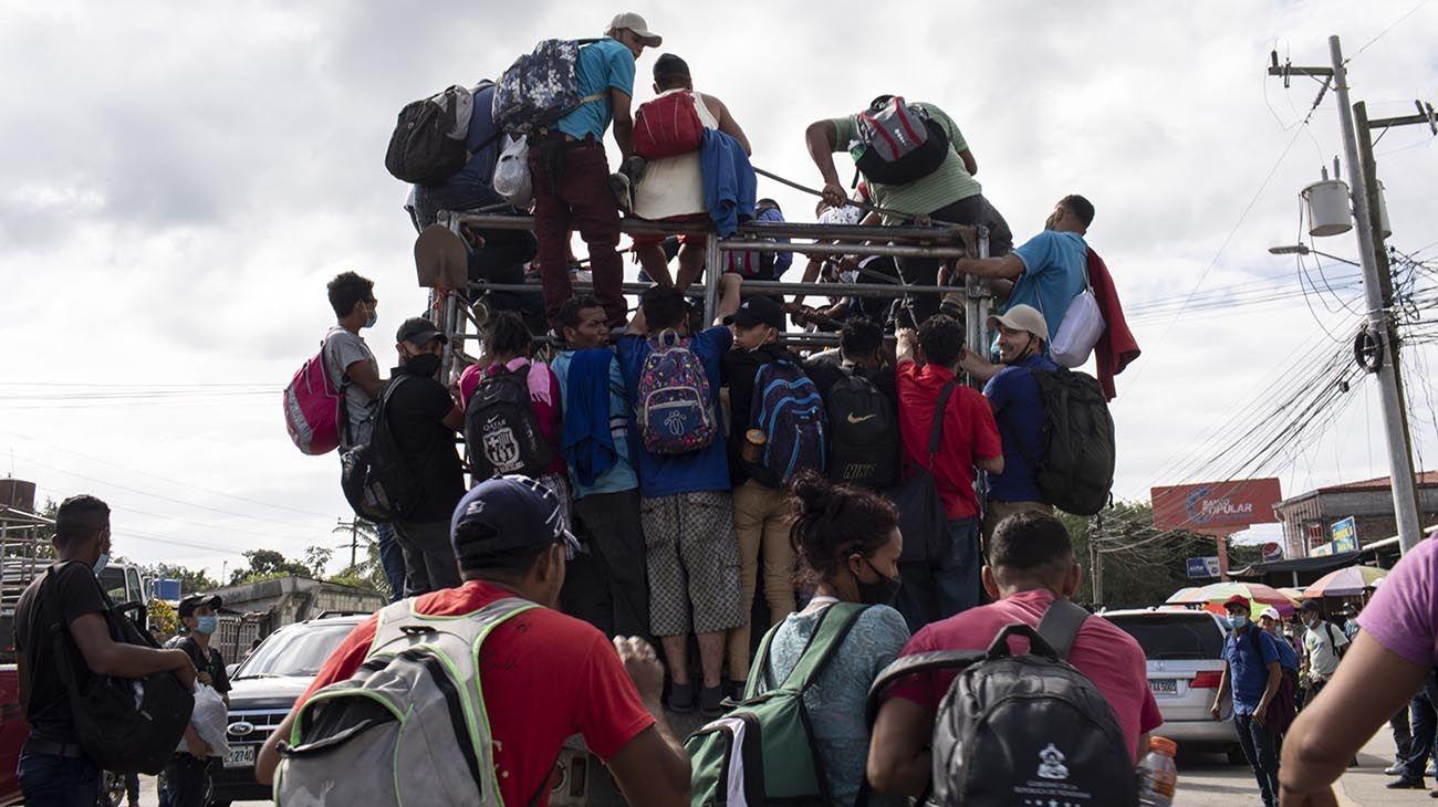 Guatemala despliega tropas para detener a los migrantes que se dirigen a la frontera de Estados Unidos