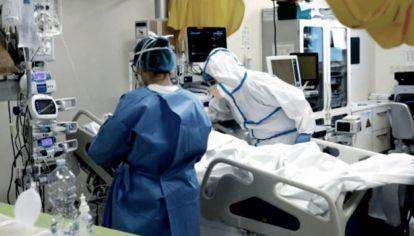 """Director provincial de Hospitales de Buenos Aires: """"No hay riesgo de colapso del sistema sanitario"""""""