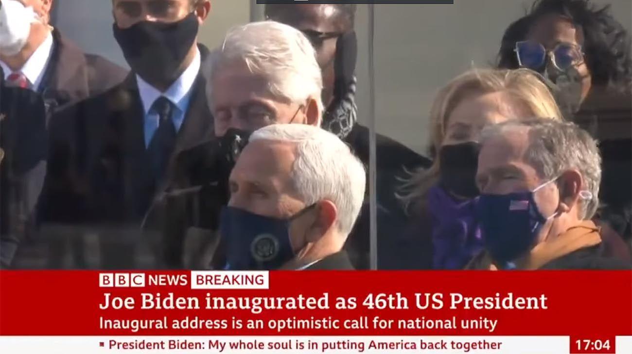 Bill Clinton se queda dormido en el discurso de Joe Biden