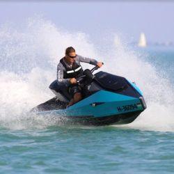 En el agua, la Cyberjet ha demostrado tener todas las características de una moto de agua de nueva generación.