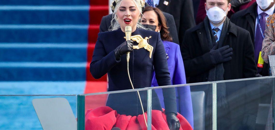 Estos son los accesorios de Lady Gaga y JLo que brillaron en la asunción de Biden