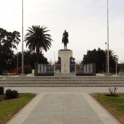 Su plaza céntrica Nicolás Levalle es una de las más bonitas del país.