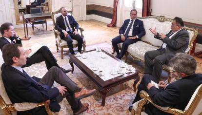 El secretario de Asuntos Estratégicos de Bolsonaro, Flavio Viana Rocha, mantuvo reuniones con altos funcionarios en su viaje a Buenos Aires.