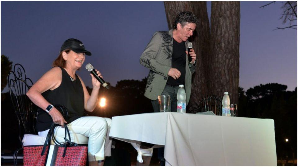 Patricia Bullrich presentó junto a Maximiliano Guerra su libro en Pinamar.