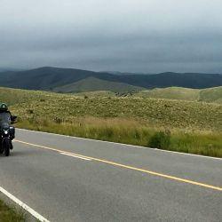 Debido al estado de los caminos de ripio sugeridos, la travesía es ideal para segmentos de motos enduro, touring o adventure.