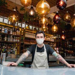 Empresarios gastronómicos piden extender el horario nocturno.