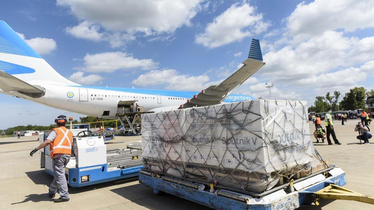 Aerolíneas. El tercer vuelo de la firma de bandera rumbo a Moscú partirá en busca de unas 600 mil dosis de la Sputnik V.