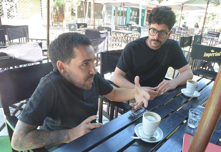 AUTORES. El artista plástico Elián Chali y el periodista José Heinz plasmaron en una publicación una serie de diálogos mantenidos vía correos electrónicos.