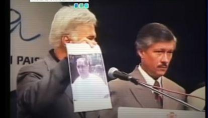 CONFERENCIA Y RECOMPENSA. José Manuel De la Sota y Juan Manuel Ugarte revelaban la identidad de Sajen y ofrecían $50.000 de recompensa.