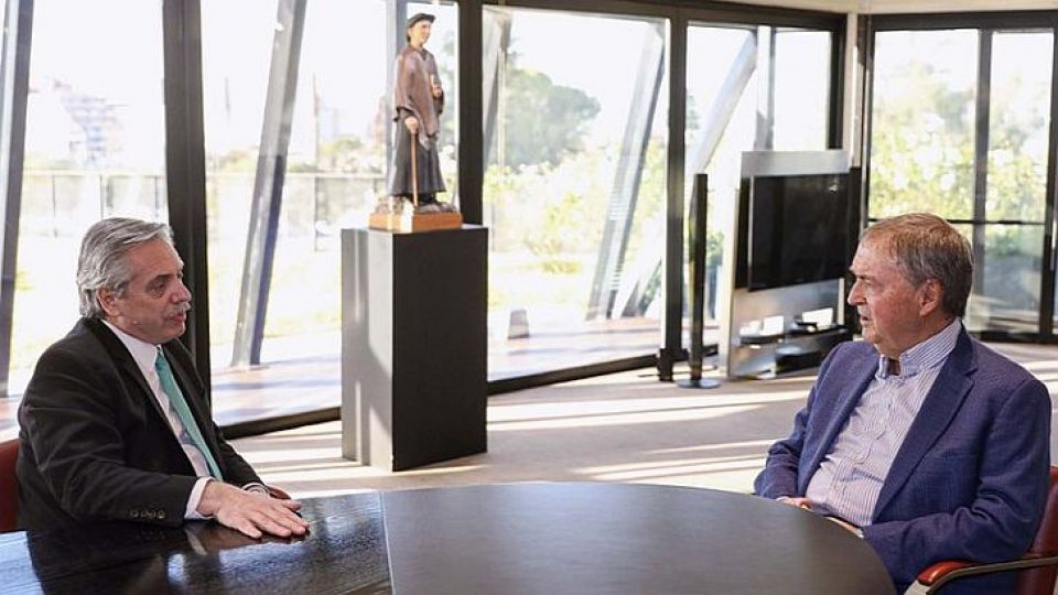 PREVIA. Alberto Fernández y Juan Schiaretti, antes de las elecciones. Desde que es Presidente Fernández, no hubo foto.