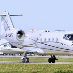 El avión Lear 60 de Mauricio Filiberti. | Foto:Cedoc.