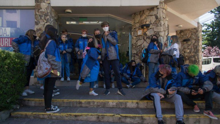 """Intendente Bariloche sobre contagios en viaje de Egresados: """"Es un riesgo que se corre"""""""