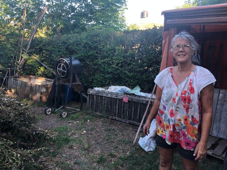 Virginia Pimentel tiene 65 años, vive en Ituzaingó y es una abuela influencer ambiental