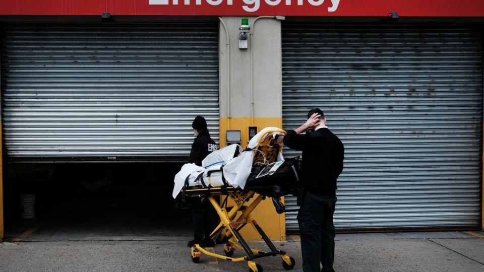 En Nueva York, unos 8.500 de los fallecidos por Covid eran residentes de hogares de ancianos, según cifras oficiales