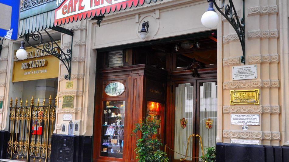 Café Tortoni, un ícono del centro porteño.
