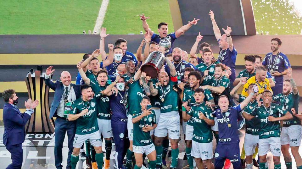 Los mejores de américa. Los jugadores del Palmeiras celebran, por supuesto. De todos modos, protagonizaron una final sin emociones que será poco recordada.