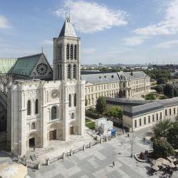 La catedral de Saint Denis es de las más hermosas del mundo, pero la ciudad es el lugar más peligroso de toda Francia.