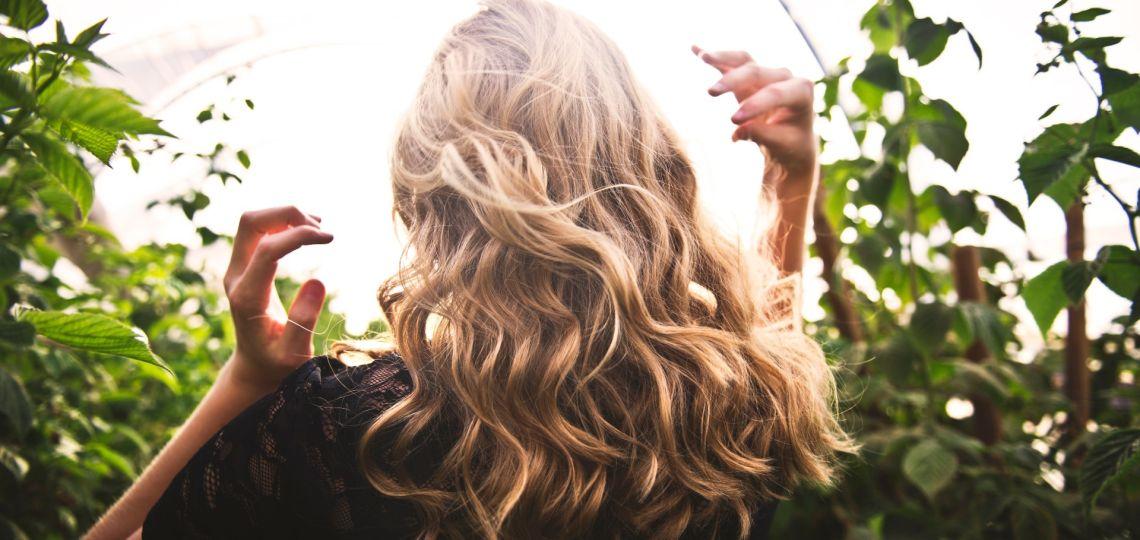 Verano 2021: Cinco técnicas para iluminar el pelo