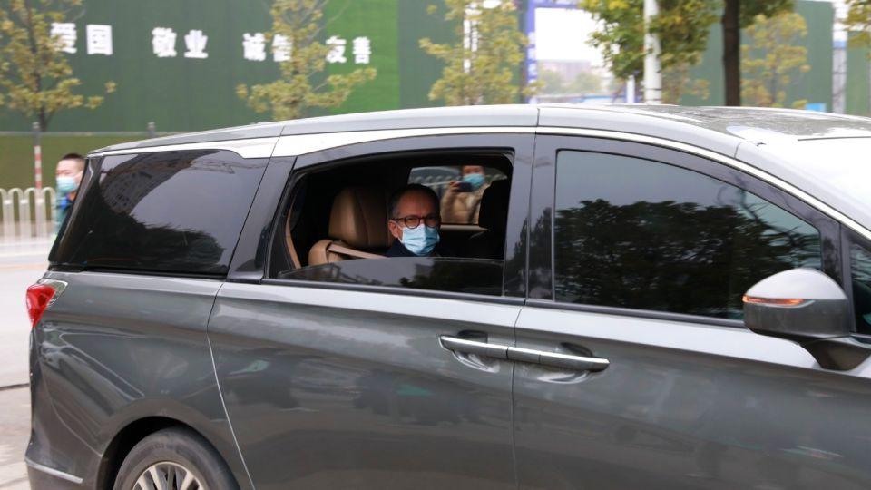 Visita de la OMS a los laboratorios de Wuhan.