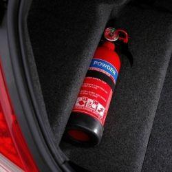 La mayoría de los extintores funcionan con polvo ABC.