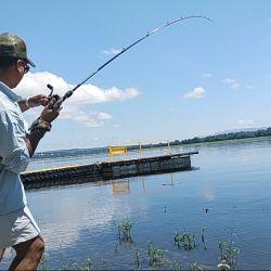 Cada pescador tiene su forma y técnica para armar sus líneas, todas son propicias para este deporte.