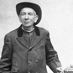 Brochero falleció, ciego y de lepra, el 26 de enero de 1914, a los 73 años.