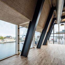 The Braunstein Taphouse fue diseñado y construido por el estudio de arquitectura ADEPT, con sede en Copenhauge, la capital danesa.N
