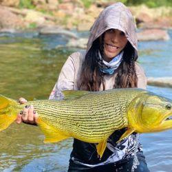 Primero fuimos a pescar al río Seco.