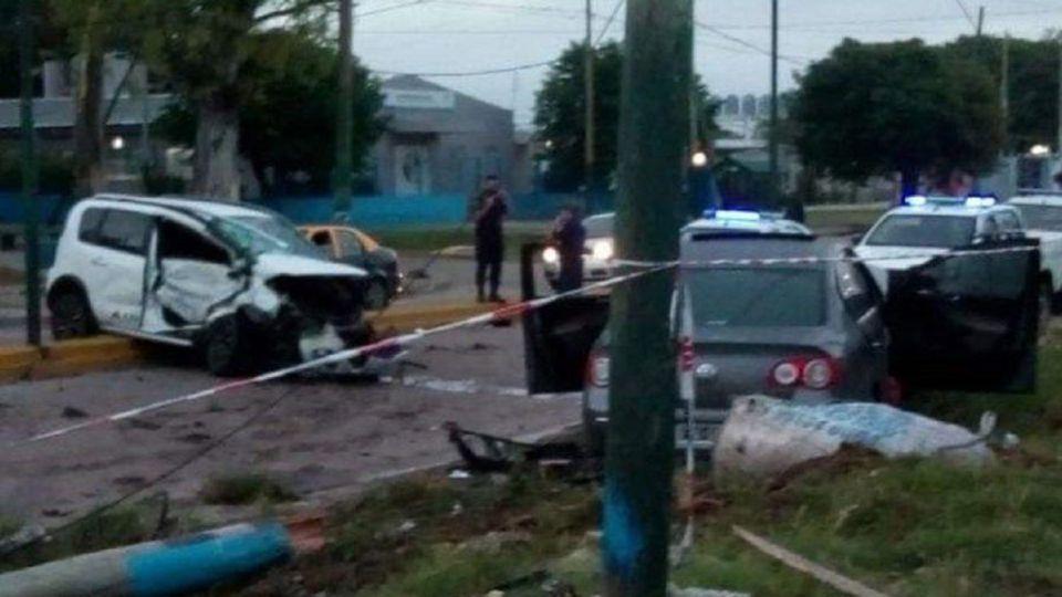 El hecho ocurrió esta madrugada en Rafael Calzada. La víctima fatal era un hombre que volvía de las vacaciones con su familia. Por el caso hay detenidos.