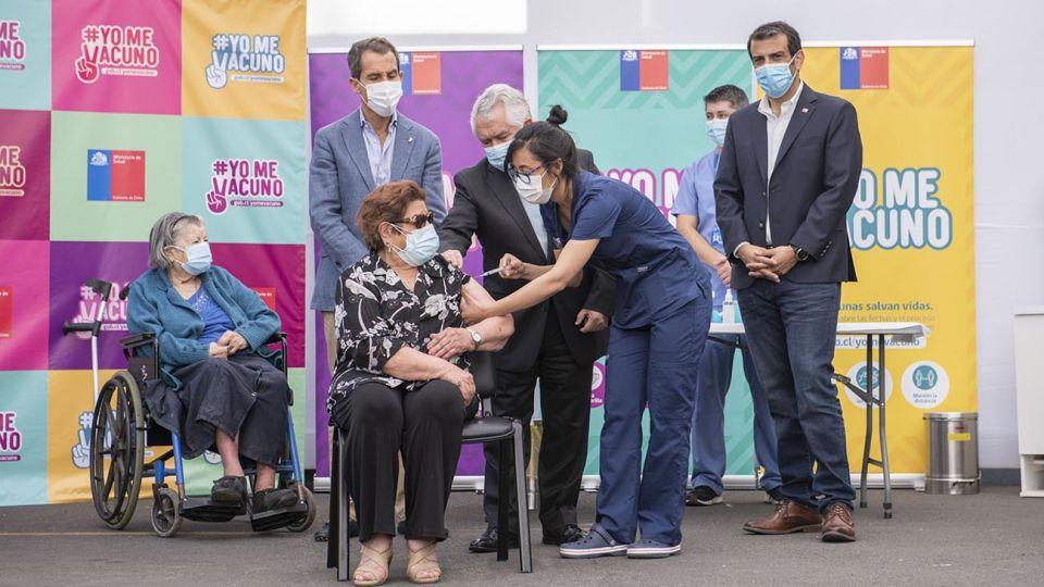 vacunación en Chile 20210204
