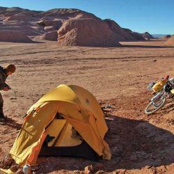 Acampando en el Desierto del Diablo.