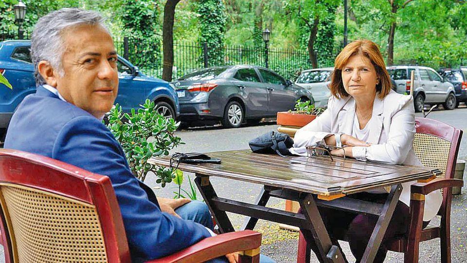 Halcones. Alfredo Cornejo y Patricia Bullrich se convirtieron en los dirigtentes más duros al momento de discutir con el Gobierno.