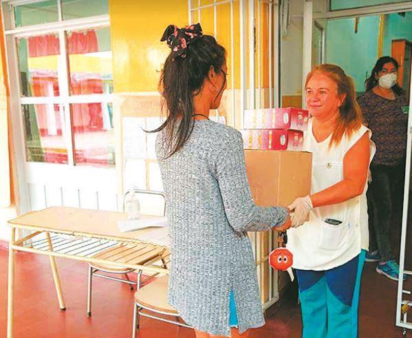 """MASSEI. """"Desde que se inició la pandemia, con todos los programas asistenciales propios más los que se coordinaron con fondos nacionales, más del 50% de la población provincial ha recibido alguna asistencia"""""""