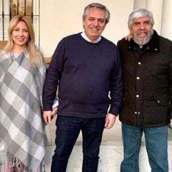 Alberto Fernández junto a Fabiola Yáñez y los Moyano en Olivos | Foto:cedoc