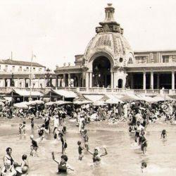 La ciudad se fundó sobre terrenos donados por Patricio Peralta Ramos.