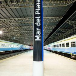 Viajar en tren es una interesante alternativa para conocer las ciudades y pueblos que se levantan a lo largo de su recorrido.