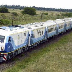 El tren es la opción más económica para viajar desde Capital Federal a Mar del Plata. on i{onLos