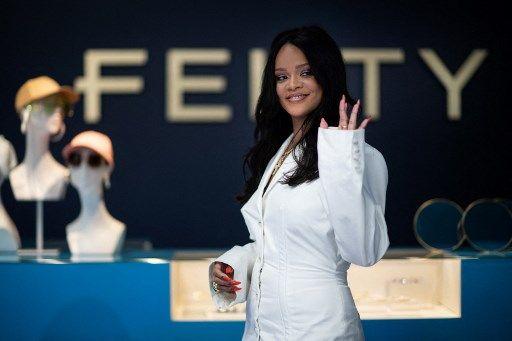 Por la pandemia Rihanna tuvo que reconfigurar su marca Fenty: cerró la colección de lujo y sólo venderá lencería y cosmética.