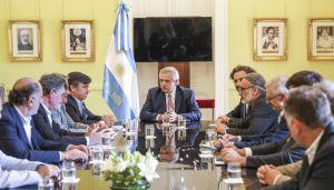 Alberto Fernández y Mesa de Enlace