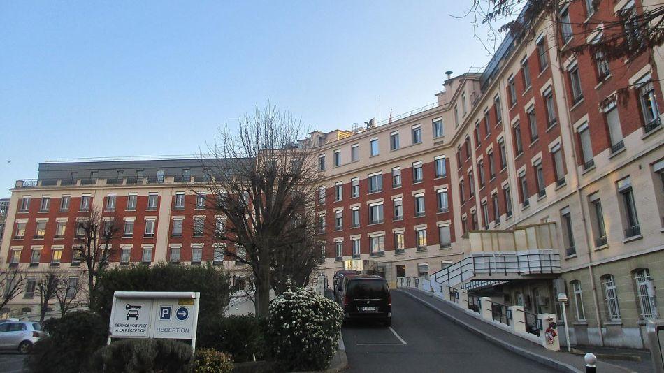 Hospital Americano de París 20210210